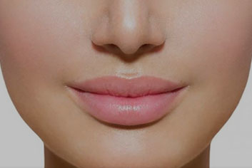 Add volume to lips